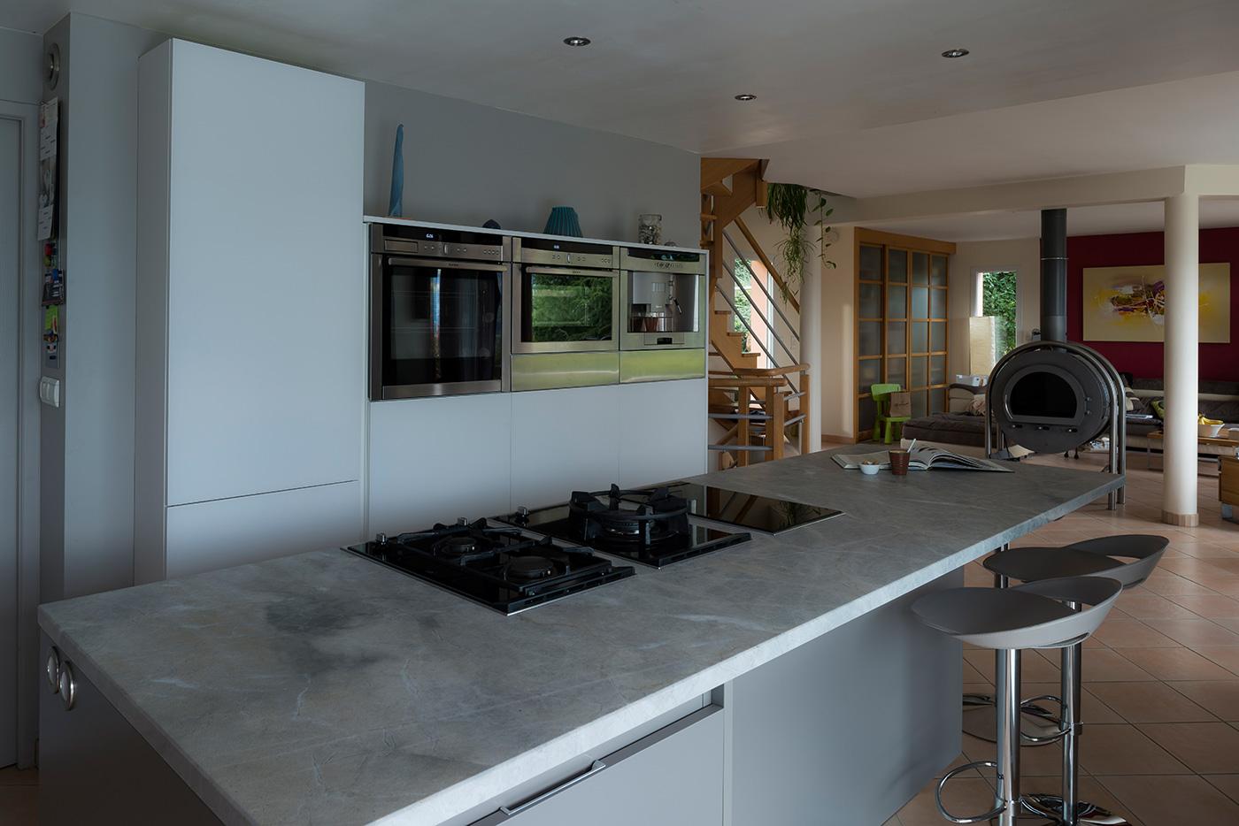 Faux Plafond Cuisine Ilot cuisine avec îlot central
